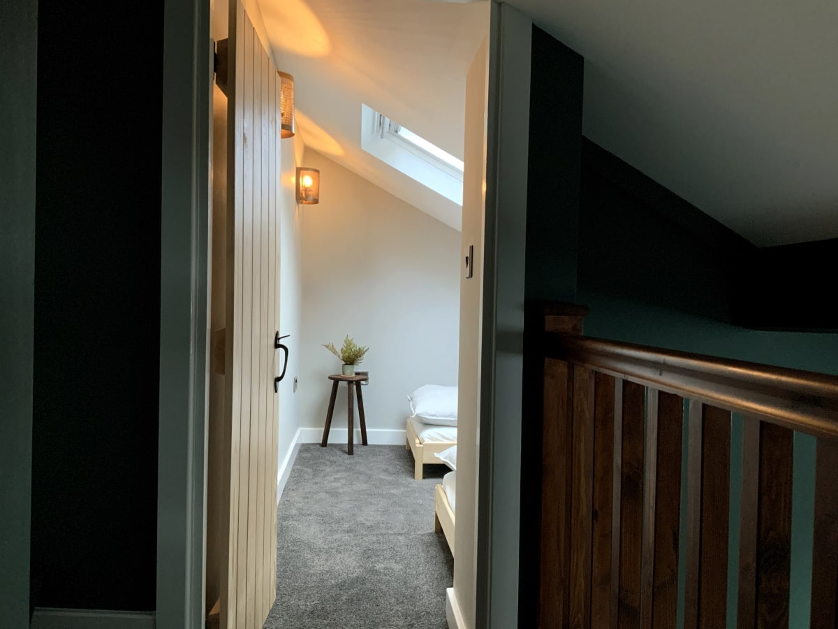 12 Newchurch luxury holiday cottage - Kids' twin